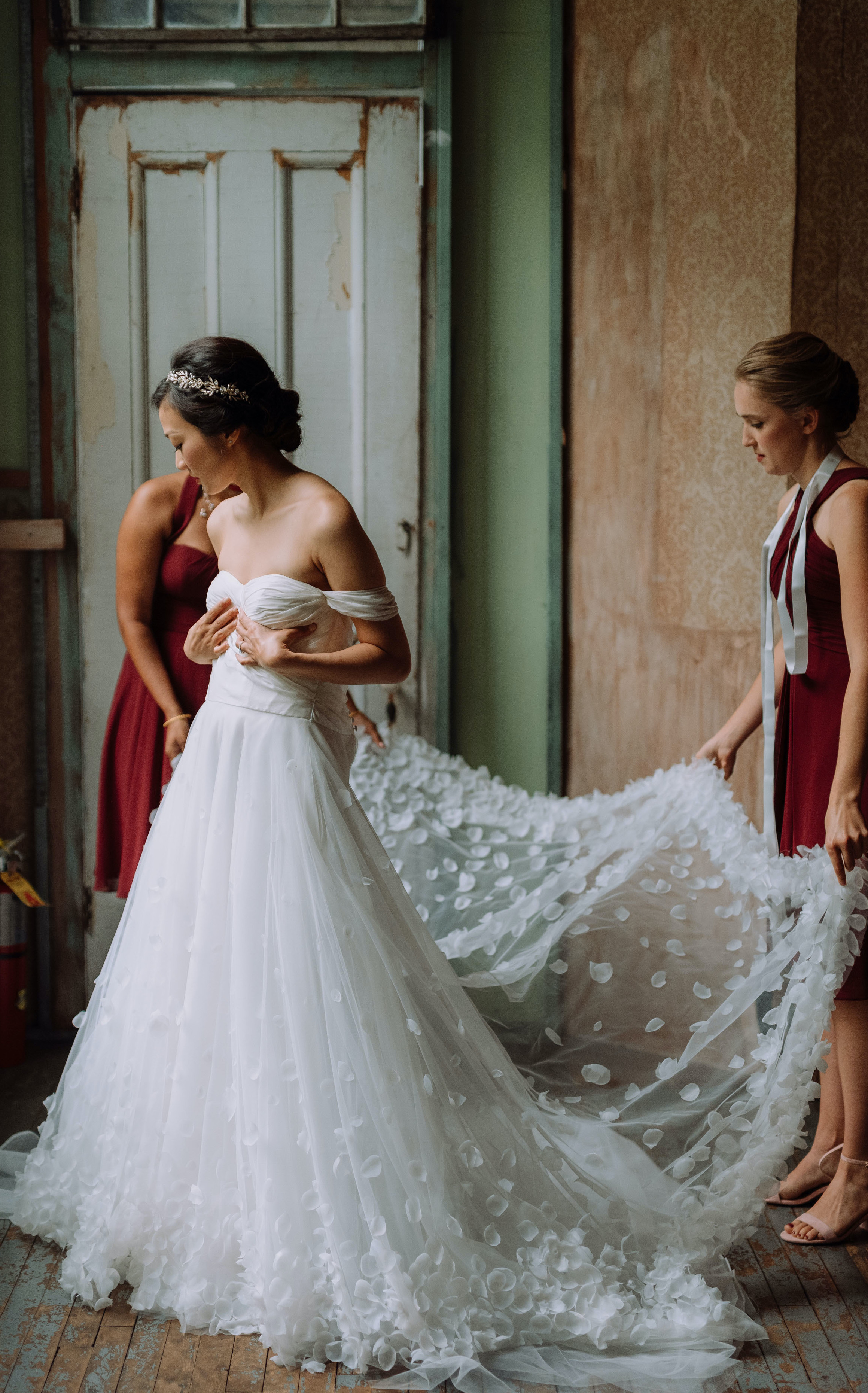 Bride customized her wedding dress with Anomalie Online Wedding Dresses with off-the-shoulder sleeves and 3D floral lace.