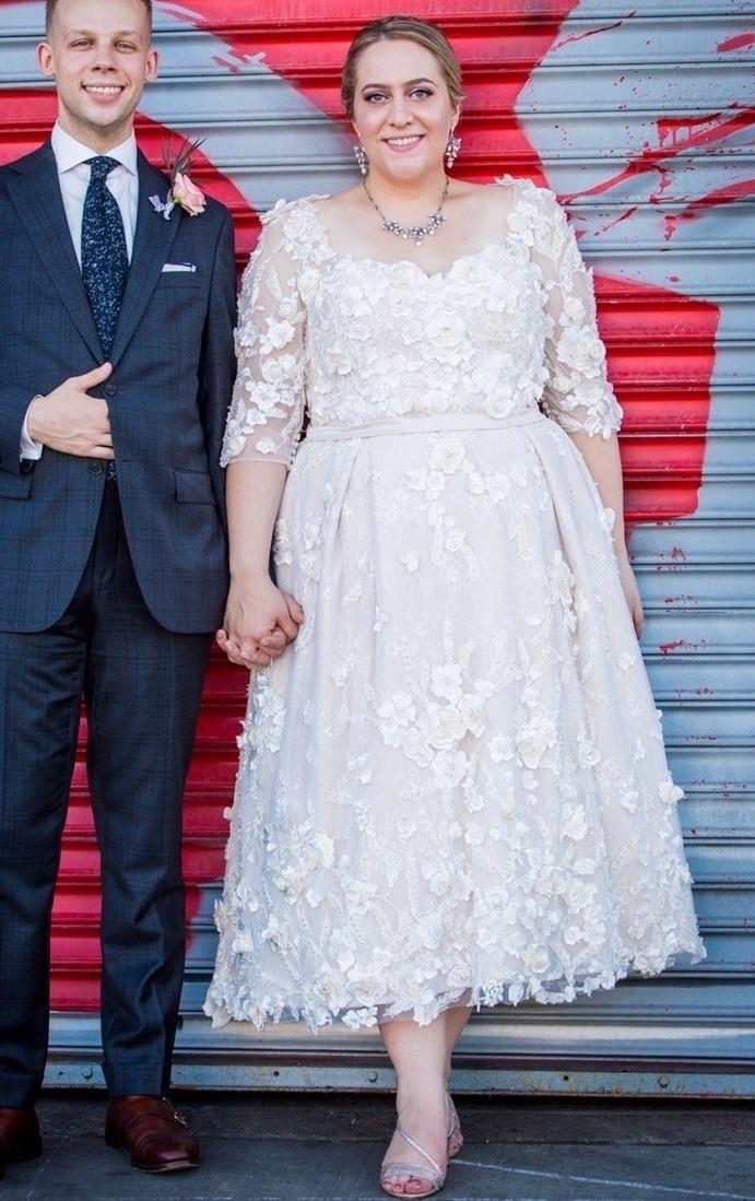 Anomalie Custom Online Wedding Dresses - Create your perfect tea-length, short, vintage dress, with floral applique.