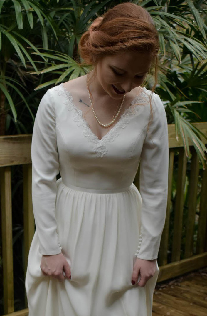 Bride are designing custom wedding dresses online with silk georgette sleeves with Anomalie.
